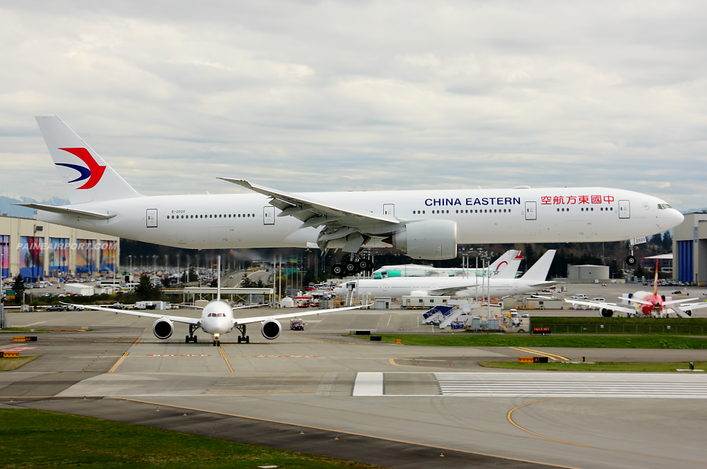 China Eastern 777 B-2020 at Paine Field