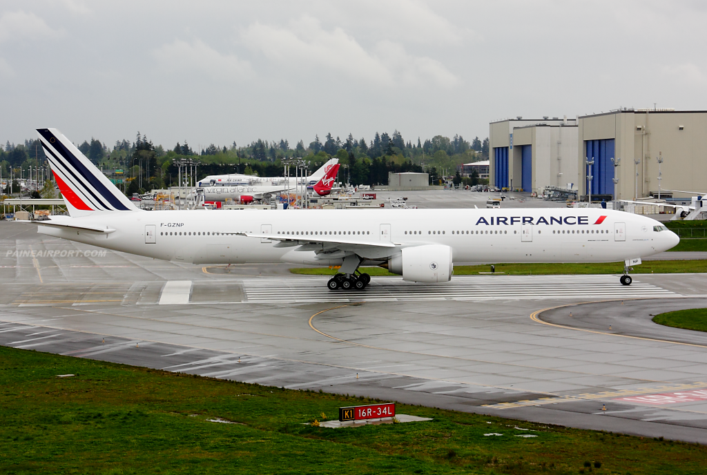 Air France 777 F-GZNP at Paine Airport