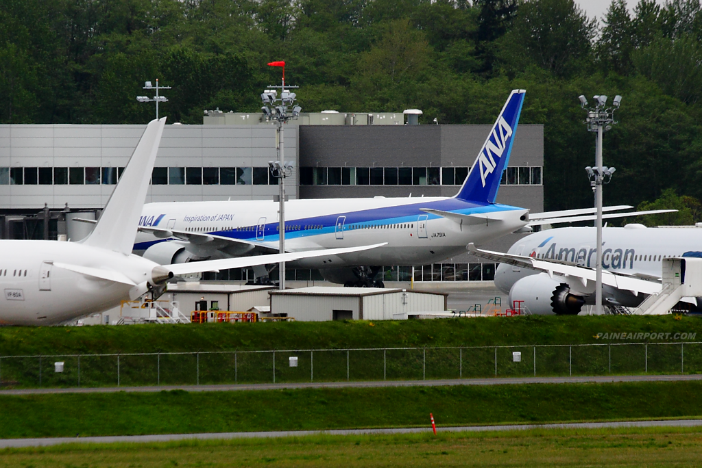 ANA 777 JA791A at Paine Airport