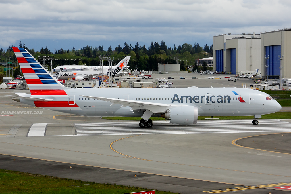 American Airlines 787 N804AN at Paine Airport