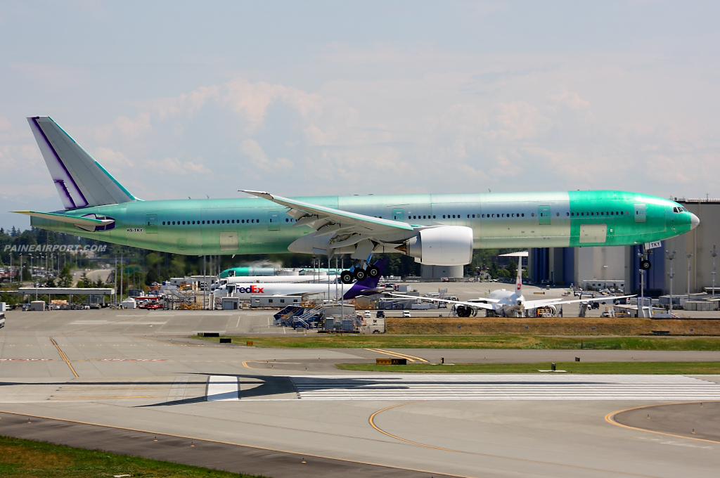 Thai Airways 777 HS-TKY at Paine Airport