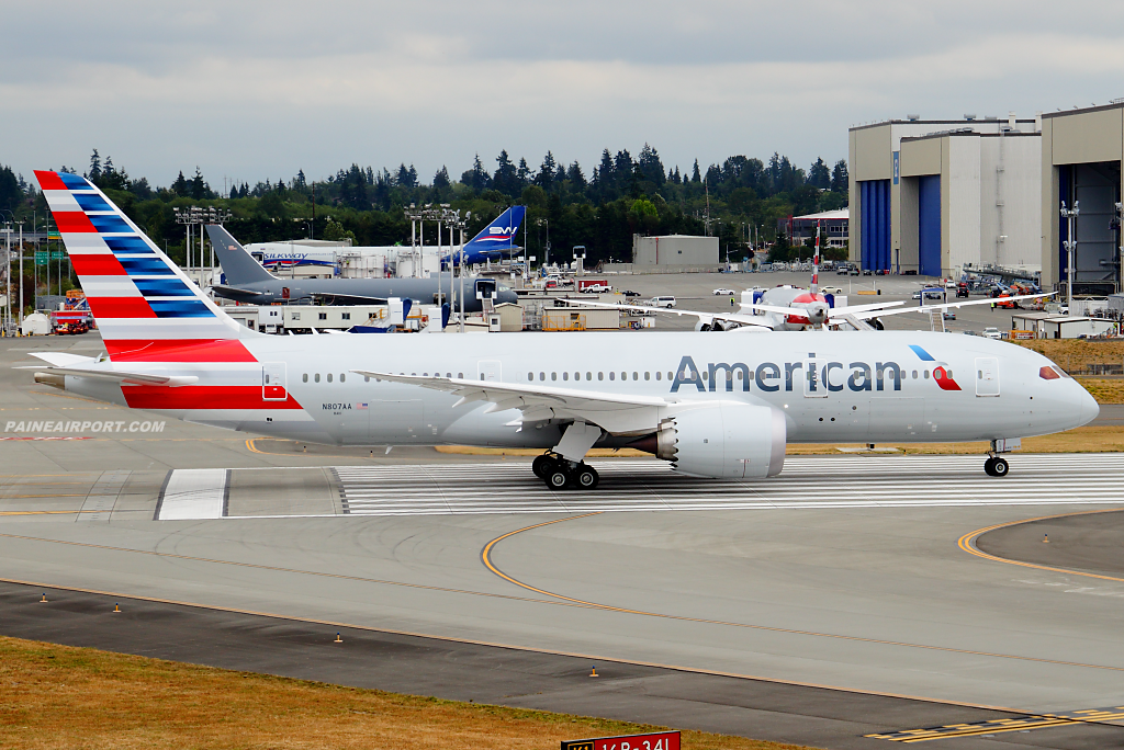 American Airlines 787-8 N807AA at Paine Airport