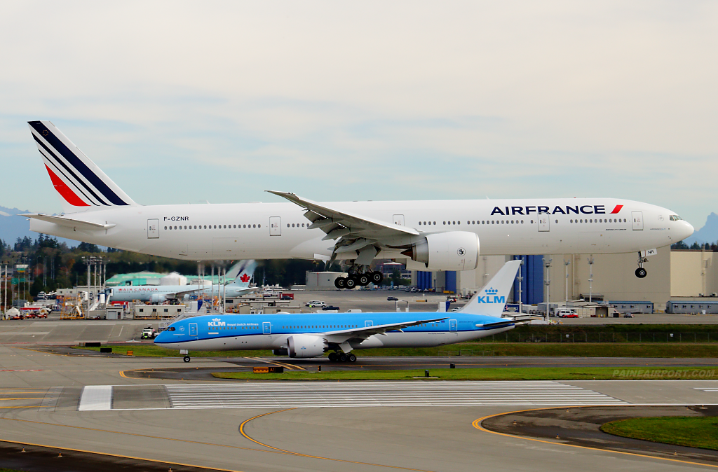 Air France 777 F-GZNR at Paine Airport