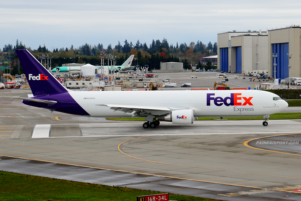 FedEx 767 N129FE at Paine Airport