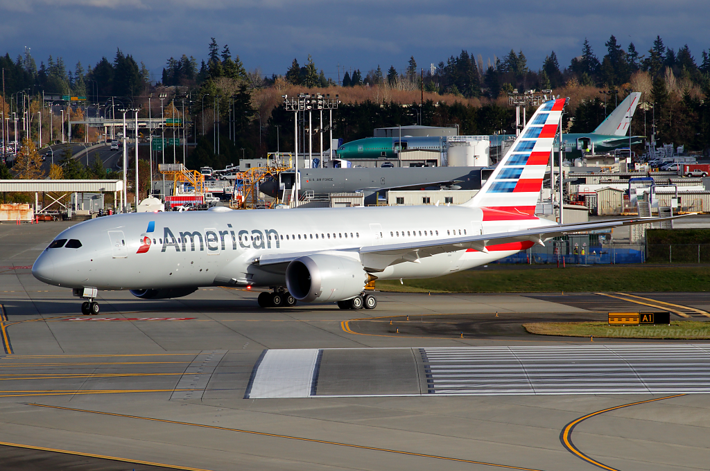 American Airlines 787-8 N812AA at Paine Airport