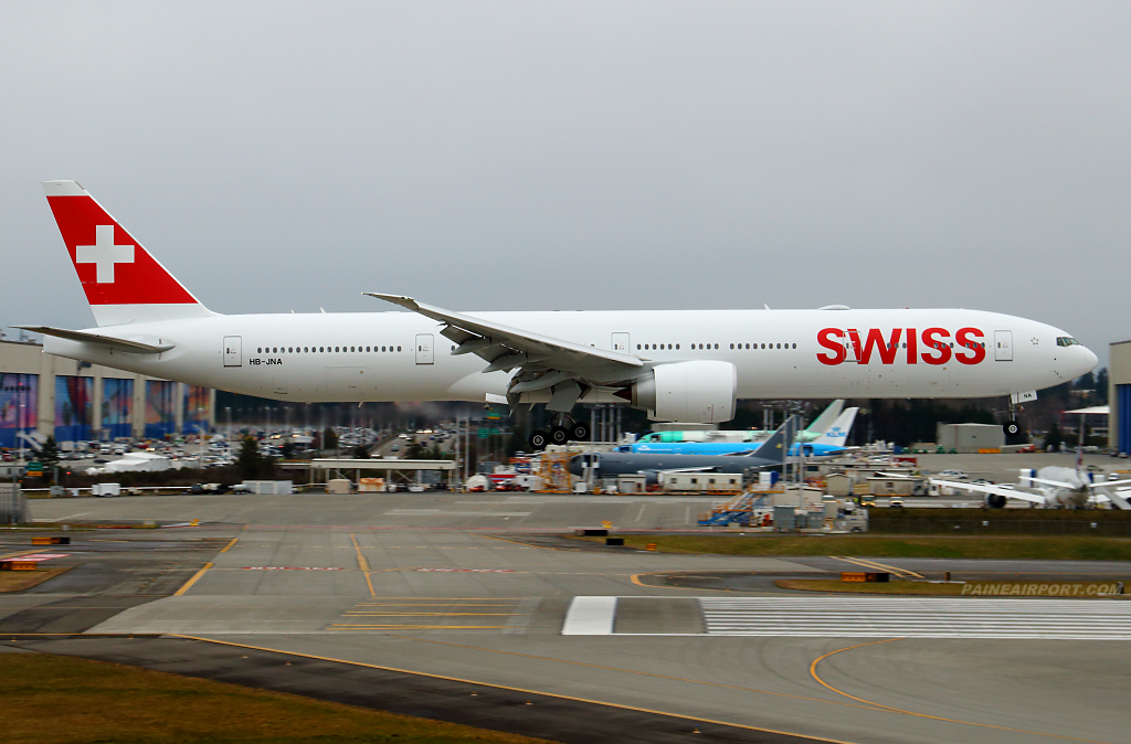 Swiss 777 HB-JNA at Paine Airport
