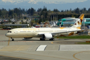 Etihad Airways 787-9 A6-BLF at Paine Field