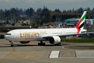 Emirates 777 A6-EPL at Paine Field