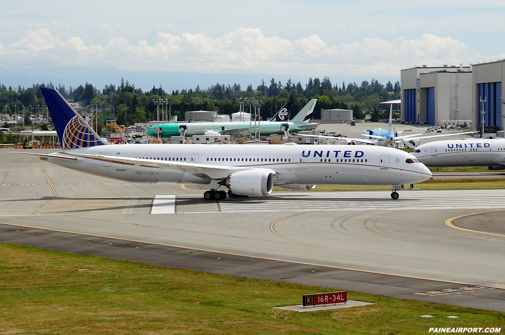 United Airlines 787-9 N26967 at Paine Airport