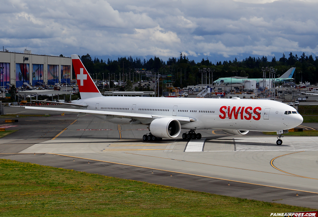 Swiss 777 HB-JNF at Paine Airport