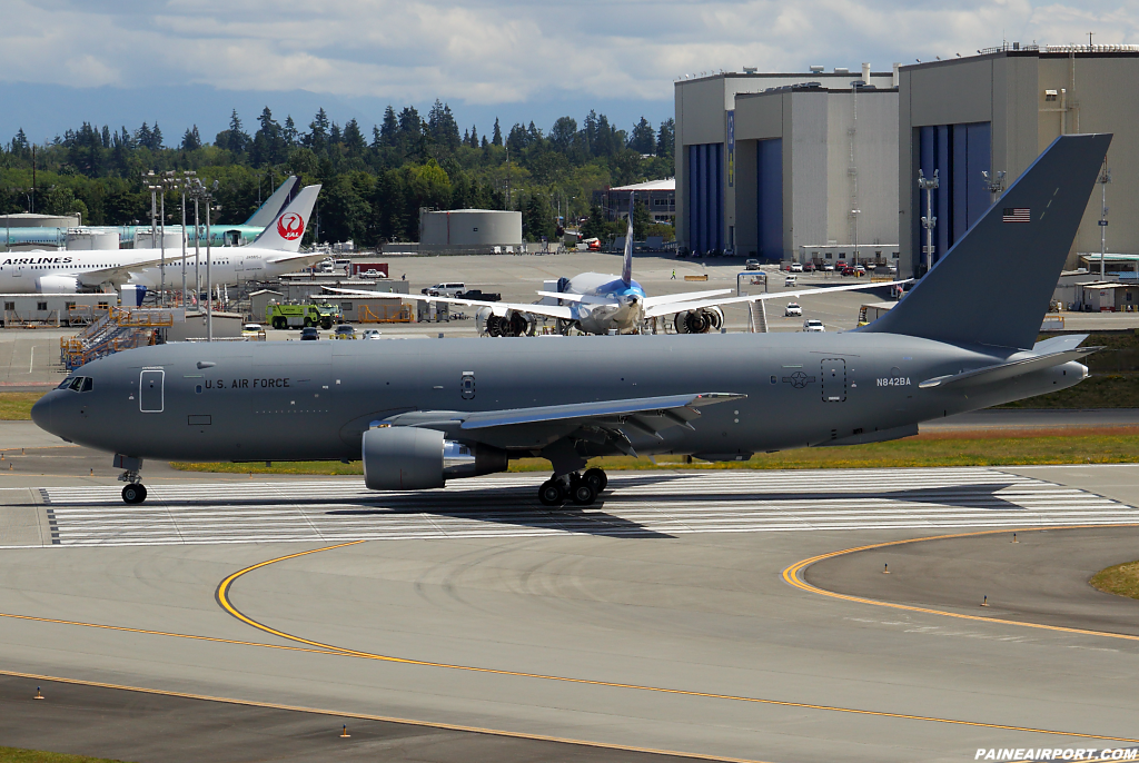 KC-46A N842BA at Paine Airport
