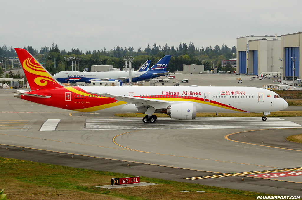 Hainan Airlines 787-9 B-7839 at Paine Airport