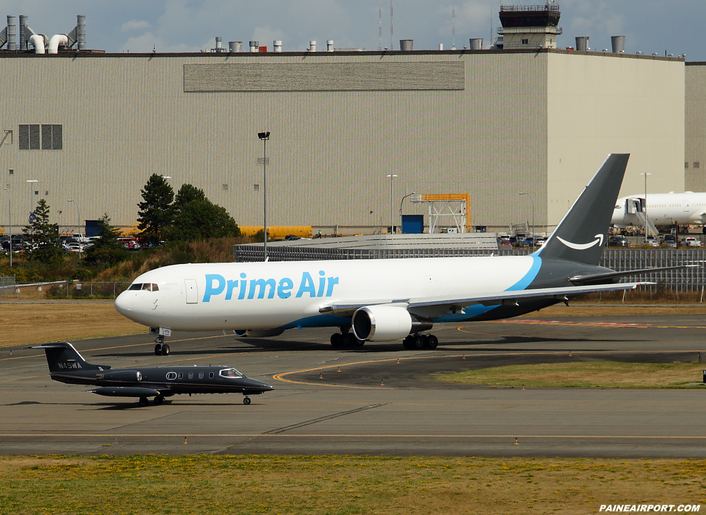Prime Air 767 N1997A at Paine Airport