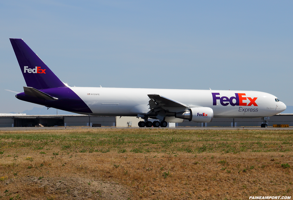 FedEx 767 N139FE at Paine Airport