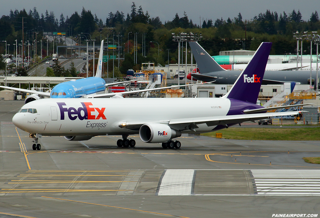 FedEx 767 N131FE at Paine Airport